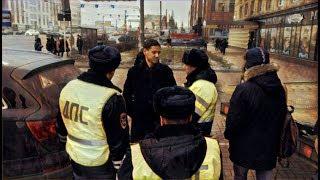 Санкт-Петербург. Гордость хама пучит. Скромность полицейского учит.