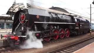 Parní lokomotiva 475.179 Šlechtična v čele zvláštních vlaků na akci Den Kozla 14.6.2014