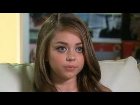 'Modern Family' Star's Health Struggle: Sarah Hyland Reveals Kidney Disease, Received Transplant