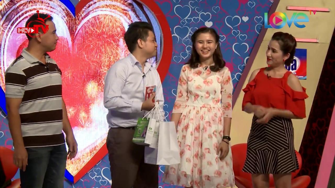 Cô gái cùng bạn thân tham gia Bạn Muốn Hẹn Hò bất ngờ 'đổ gục' với chàng trai trên sân khấu