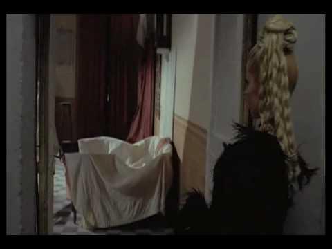 M.D.C. Maschera di cera di Sergio Stivaletti (mix scene)