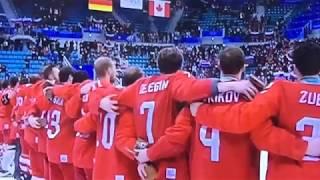 Хоккеисты сборной России поют гимн на награждении  Финал Олимпиады 2018  Корея  25 02 2018