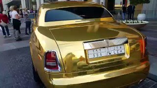 Golden Rolls Royce at Dubai Mall 17.01.2016