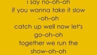 Kat DeLuna Ft. Busta Rhymes - Run the Show
