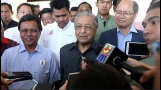 Dr M on oil royalty: It shouldn't be at the expense of killing Petronas