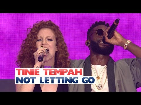 Tinie Tempah Ft. Jess Glynne - 'Not Letting Go' (Live At The Jingle Bell Ball 2015)