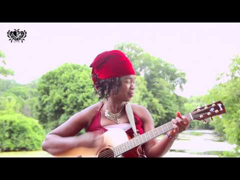 Togo Gospel - Eunice Mawussi - His Name is Higher
