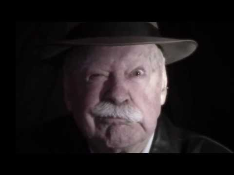 Bill Kerr reciting 'Little Orphan Annie' | Storyteller Media