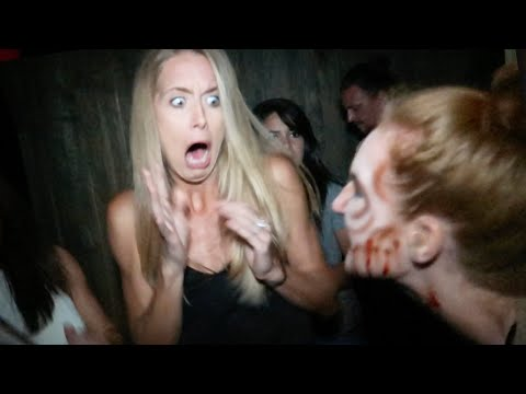 HILARIOUS REACTION TO HAUNTED HOUSE! (9.24.16 - Day 2704)