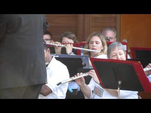 """America the Beautiful"" kicks off the Farmington Concert Band"