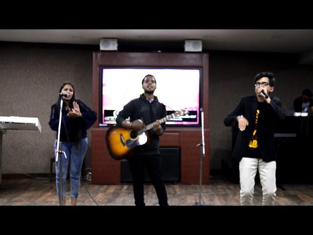Jugalbandi - Amazing beatboxing and singing by Shriya, Anzar and Aman