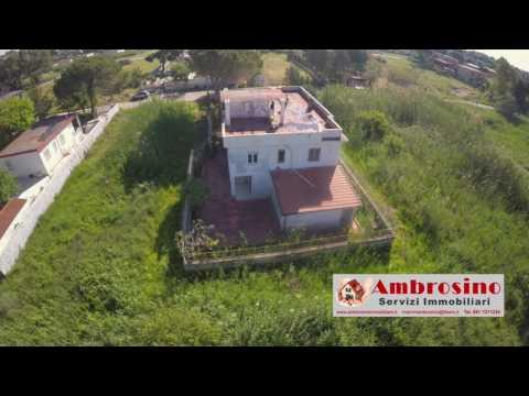 Villa In Vendita a Mondragone  Frazione di Pescopagano - Viale Serena -