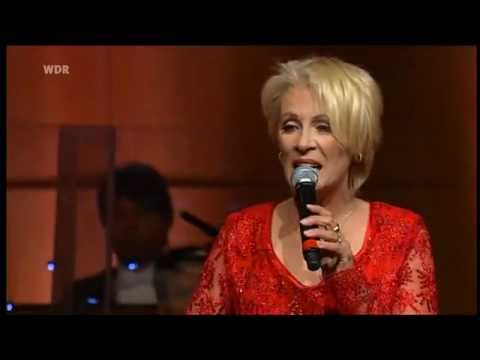 Ingrid Peters  Über die Brücke gehn