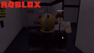 SCP IN DISGUISE - Containment Breach Roblox
