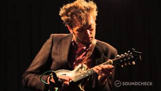 Chris Thile: Bach: 'Sonata No. 1 in G minor - II. Fuge Allegro,' Live On Soundcheck
