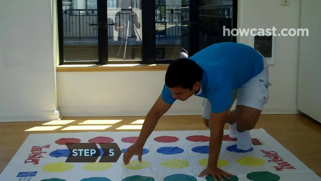 How To Play Twister Youtube