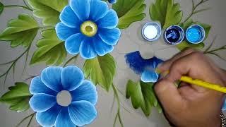 Pintando flor azul