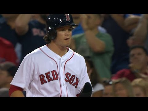 NYY@BOS: Benintendi goes 3-for-3 in Fenway Park debut