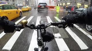 Gambar cover Cycling Manhattan, NYC on a Snowy Day in December 2017 (Chest Cam)