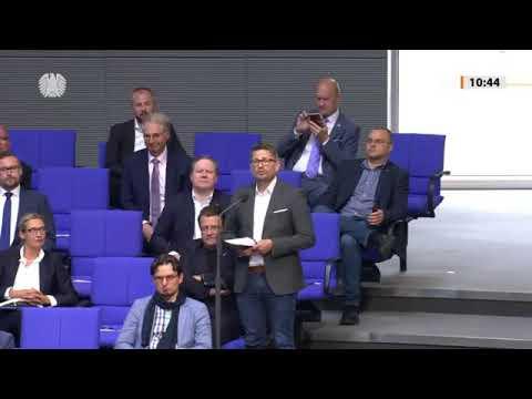 René Springer stellt Frage zum Kindergeld im Ausland - CDU Mann rastet aus