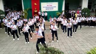 Múa dân vũ lớp 9/2 trường THCS Lê Hồng Phong - Huế