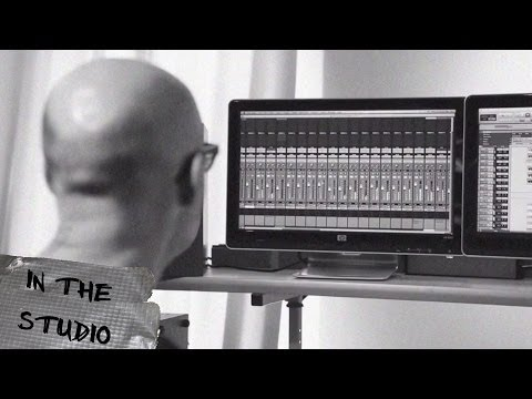 In The Studio with Moby - The Perfect Life (Drums)