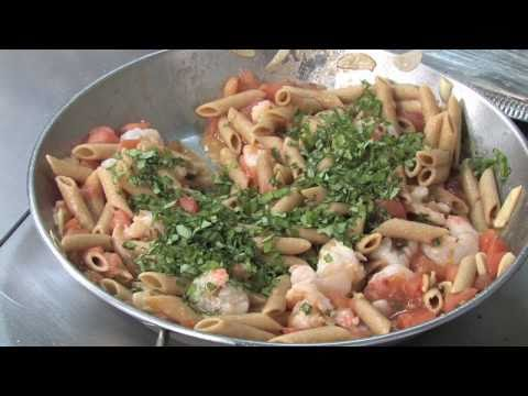 Healthy Recipes: Whole Wheat Penne With Shrimp And Tomatoes