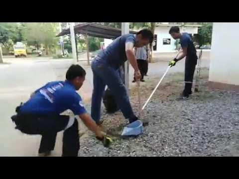 Funny Snake Catching Freak Out    ViralHog