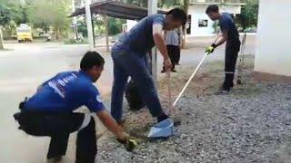 Funny Snake Catching Freak Out || ViralHog