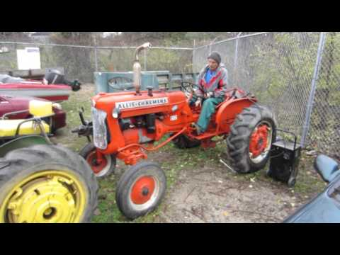 ALLIS CHALMERS D12 Antique Tractor - AS-IS - Some Repairs Necessary - 812200211