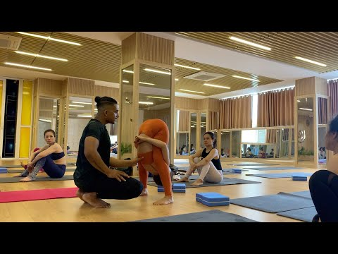 Advanced Yogasana Training - My Advanced Group Yoga Class | YOGRAJA