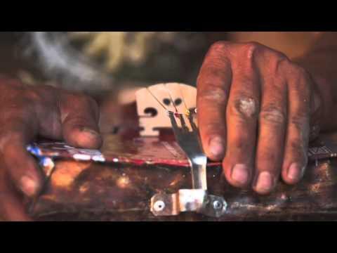 "Orquesta de Instrumentos Reciclados de Cateura - Paraguay - ""Landfill Harmonic"" (teaser)"