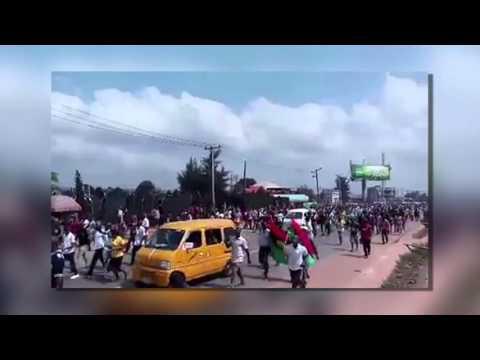 Pro-Biafran 'Million Man March' Shut Down Niger Bridge And Disrupt Bayelsa, Delta States