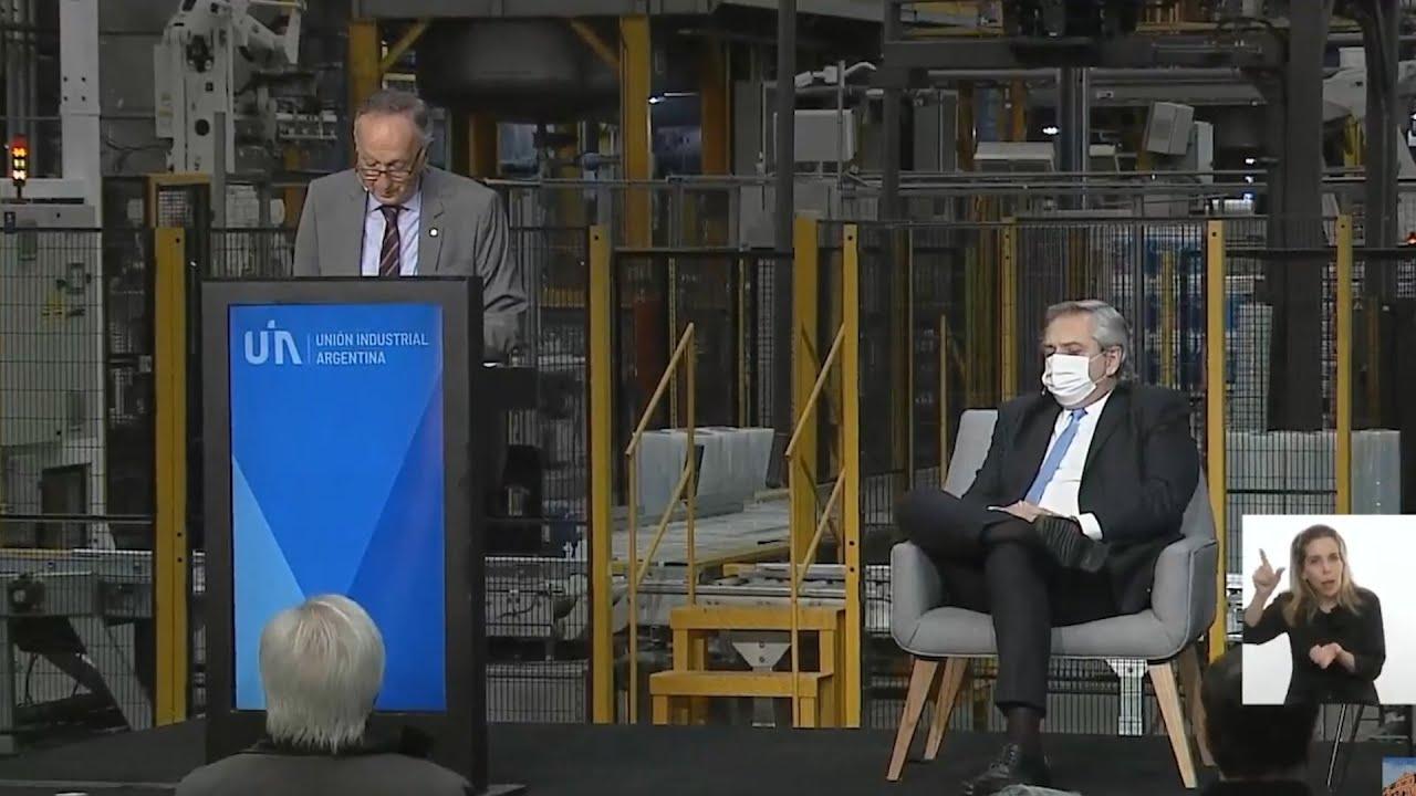 El presidente de la UIA pidió trabajar en un acuerdo para evitar una crisis más profunda