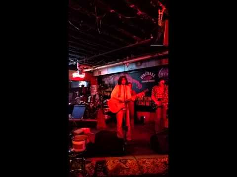 Cover band at Paradise Park in Nashville