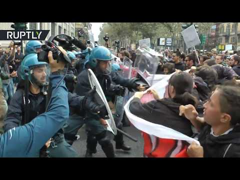 'We are giants, you are 7 dwarves!': Clashes continue in Turin for 2nd day of anti-G7 demo