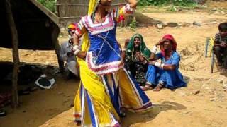 Shanti Sapera dancing in her home in Pushkar for Santiago Carralero, director of YURTA Project