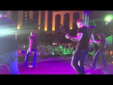 556 Tactical and 3 Doors Down Kryptonite Live in Lake Charles