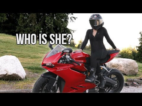 CUTE GIRL rides a Ducati 959 Panigale