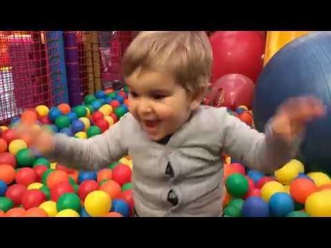 Tende Per Bambini Con Palline : Parco divertimento con giochi per bambini piscina palline colorate
