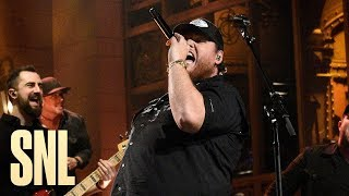 Luke Combs: Beer Never Broke My Heart (Live) - SNL