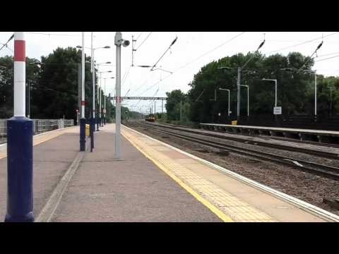 Trains at: Huntingdon, ECML, 5/08/15