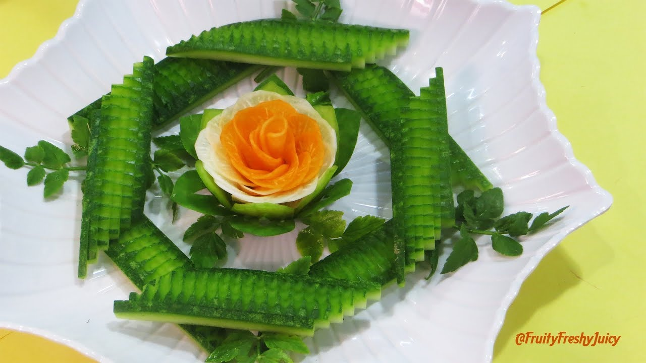 Very Satisfying Video | Brilliant Garnish of Radish Rose Surrounded by the Great Wall of Wax Gourd