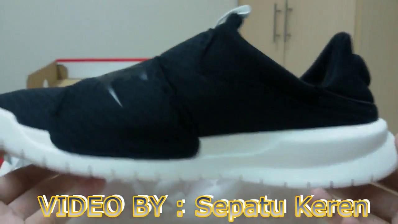 925ff95b3d3 Unboxing Review Slip On Nike Benassi SLP 882410-008 - YouTube