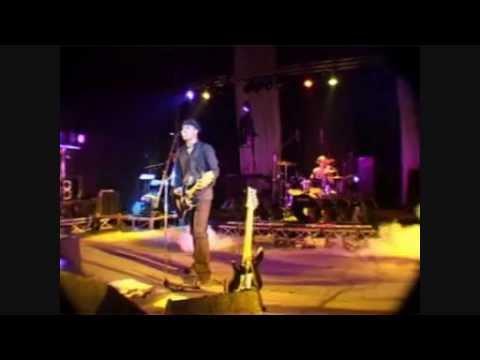 Ambondrona - Nivadika (live)