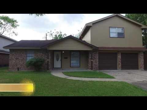 2506 Mulberry Ln, Pasadena, TX 77502