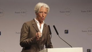 Christine Lagarde calls on EU to boost public investment.