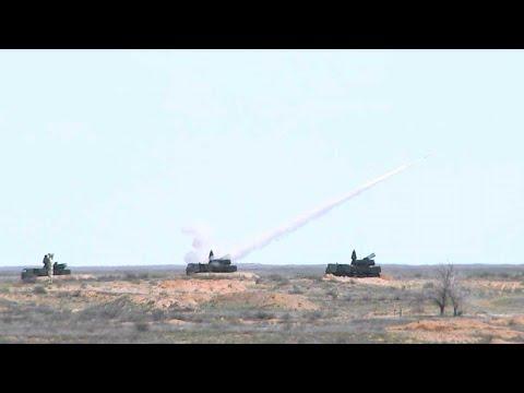 Демонстрация боевых возможностей ЗРК С-400 и ЗРПК «Панцирь-С» иностранным военным атташе на Ашулуке