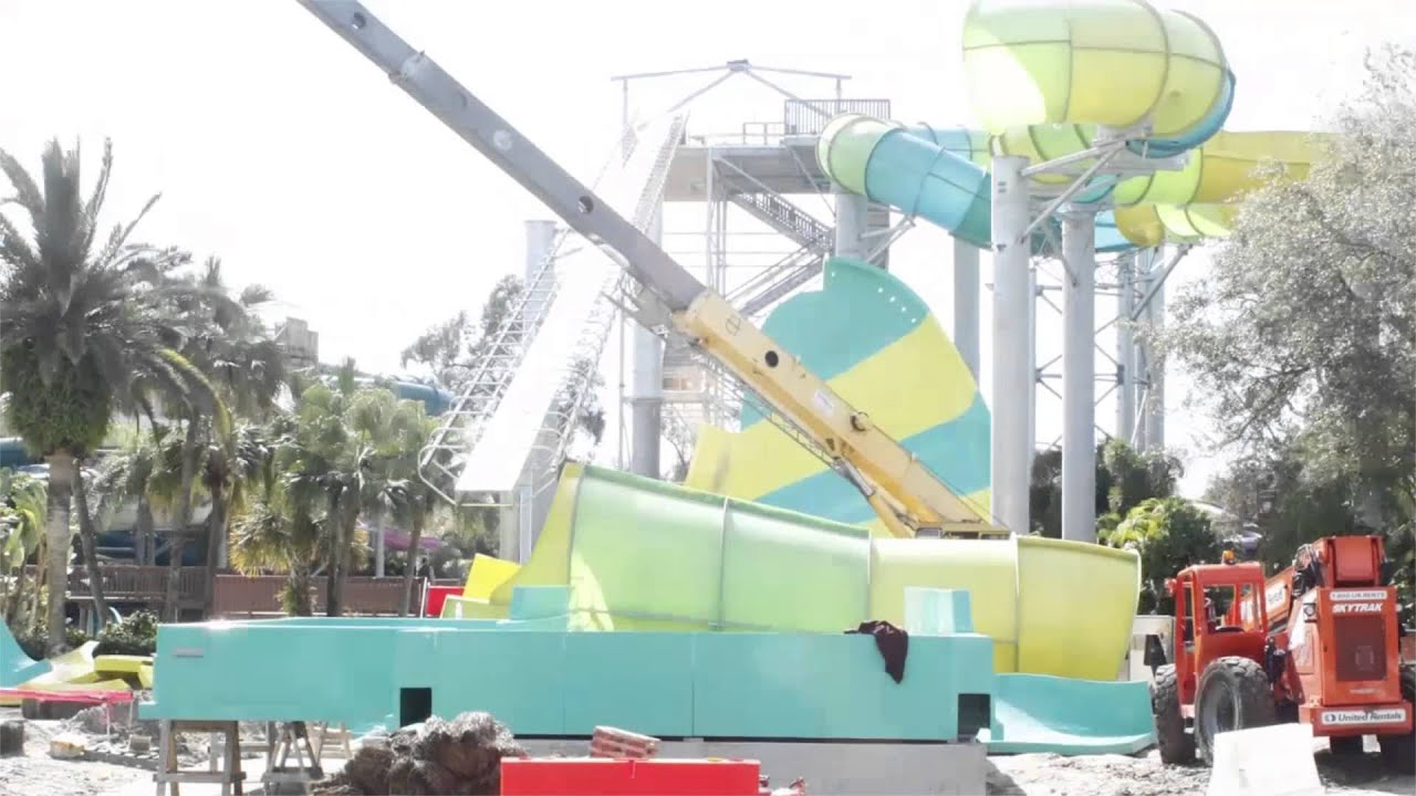 Adventure Island Tampa: Time-Lapse: Colossal Curl Completion