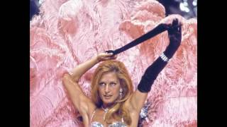 Dalida Femme Est La Nuit Live
